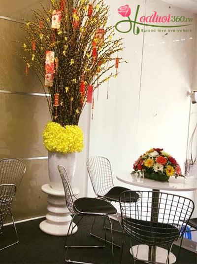 Bình hoa nụ tầm xuân- Cung chúc tân niên