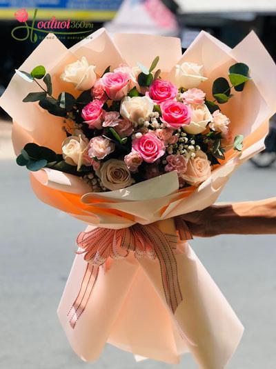 Hoa bó đẹp- Nụ cười thơ ngây
