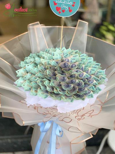 Bó hoa bằng tiền - Tình yêu to bự